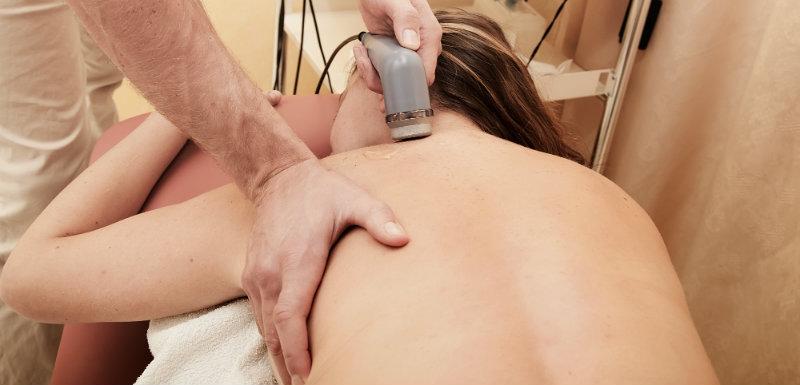 Un nouveau traitement mini-invasif pour soigner la lombalgie